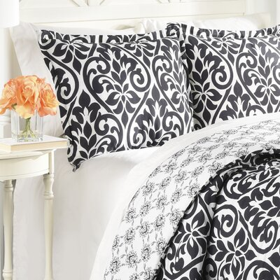 Arlo 3 Piece Reversible Comforter Set Size: Queen