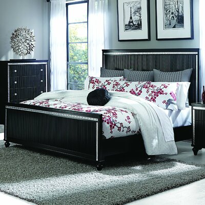 Brookefields Panel Bed Size: California King