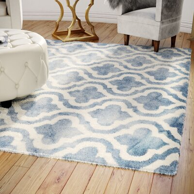 Hand-Tufted Blue/Ivory Area Rug Rug Size: Rectangle 8 x 10