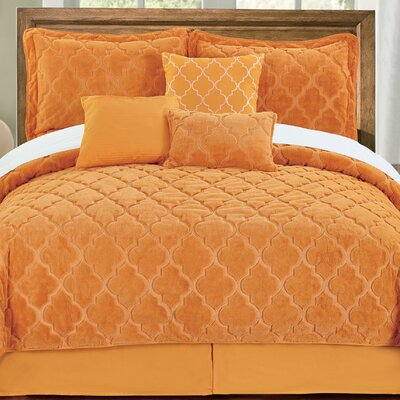 Elford Faux Fur Embroidered 7 Piece Quilt Set Size: Queen, Color: Apricot