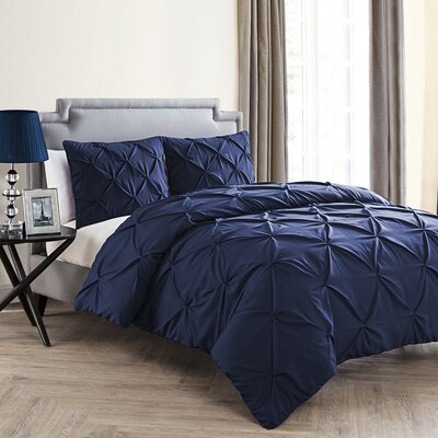 Uma Duvet Set Color: Navy, Size: King