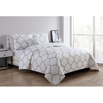 Laelia Comforter Set Size: Full/Queen