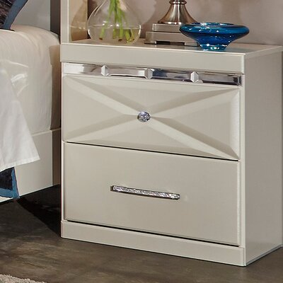 Wylie 2 Drawer Night Stand Color: Champagne