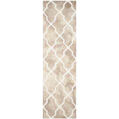 Drury Hand-Tufted Beige/Ivory Area Rug Rug Size: Runner 23 x 8