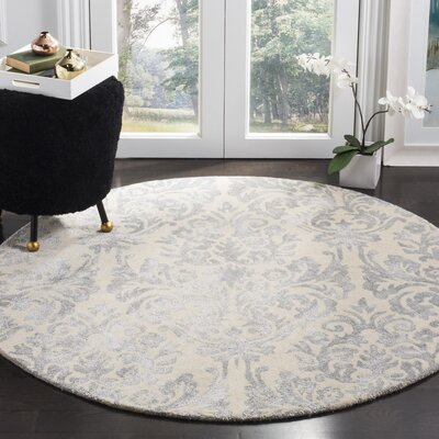 Mcguire Hand-Tufted Ivory/Silver Area Rug Rug Size: Round 5
