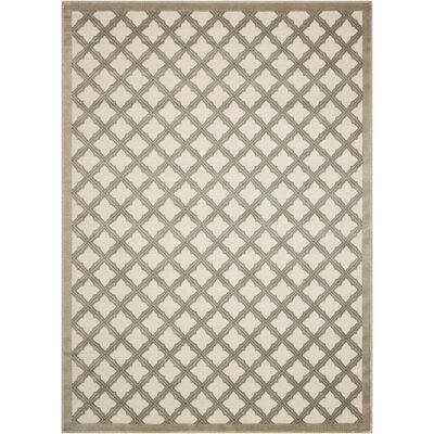 Hartz Ivory/Green Area Rug Rug Size: Rectangle 53 x 73