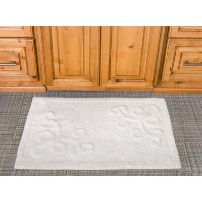 Sculpted Scroll Cotton Bath Mat Color: White