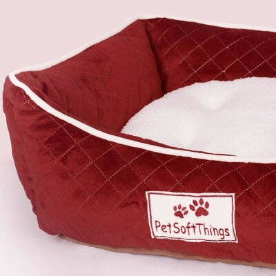 Microplush Quilted Dog Bed with Removable Pillow Color: Burgundy