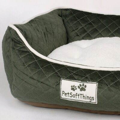 Microplush Quilted Dog Bed with Removable Pillow Color: Black Forest