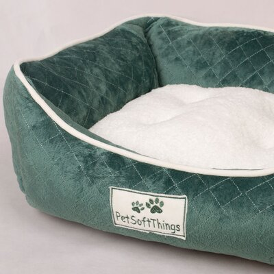 Microplush Quilted Dog Bed with Removable Pillow Color: Blue Surf