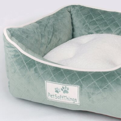 Microplush Quilted Dog Bed with Removable Pillow Color: Smoke Blue