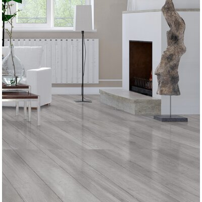 High Sierra 9 x 35 Porcelain Wood look Tile in Gris