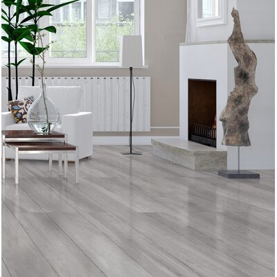 High Sierra 9 x 48 Porcelain Wood look Tile in Gris