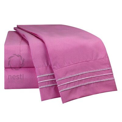 1800 Thread Count Rosy Finch Bed Sheet Set Size: California King