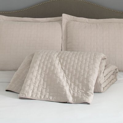 Eternal Madison 120 GSM Microfiber Luxury Quilted Blanket Color: Ivory, Size: Queen
