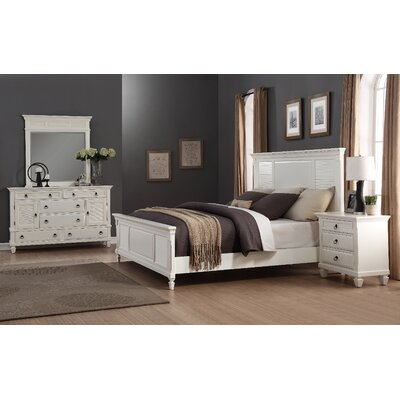 Regitina Panel 4 Piece Bedroom Set