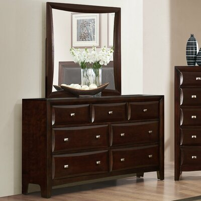 Mateo 7 Drawers Standard Dresser