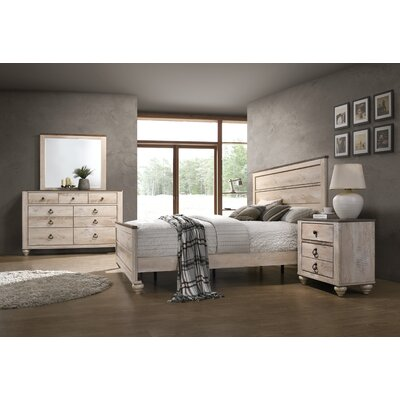 Manzano Panel Bedroom Set Size: King