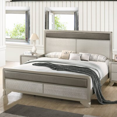 Yates Panel Bed Size: King