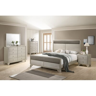 Yates Panel 4 Piece Bedroom Set Size: Queen
