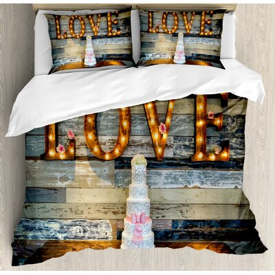 Wedding Decorations Wedding Cake wtih the Word Love as Sinage on Wooden Background Print Duvet Set nev_35168_king