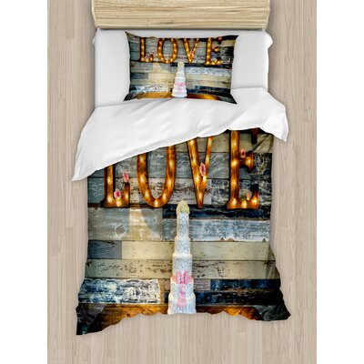 Wedding Decorations Wedding Cake wtih the Word Love as Sinage on Wooden Background Print Duvet Set nev_35168_twin