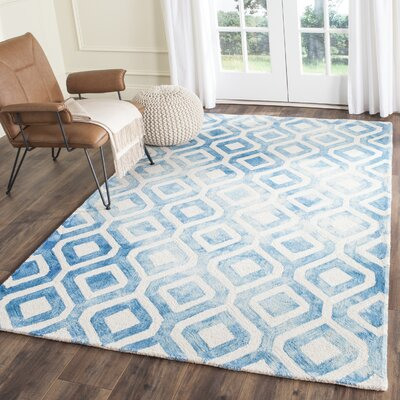 Euphemia Hand-Woven Ivory/Blue Kids Rug Rug Size: Round 7