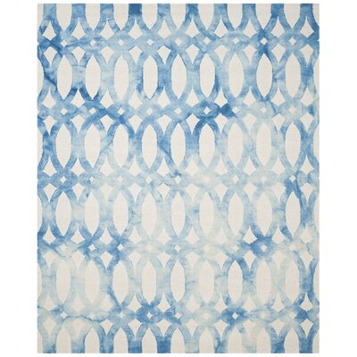 Hand-Tufted Ivory/Blue Area Rug Rug Size: 9' x 12'