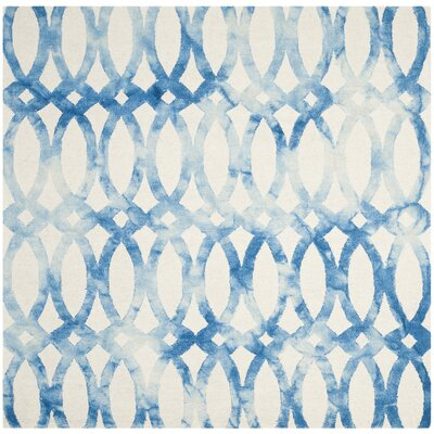Hand-Tufted Ivory/Blue Area Rug Rug Size: Square 5