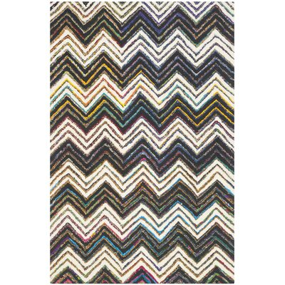 Hand-Tufted Ivory/Black Area Rug Rug Size: 4 x 6