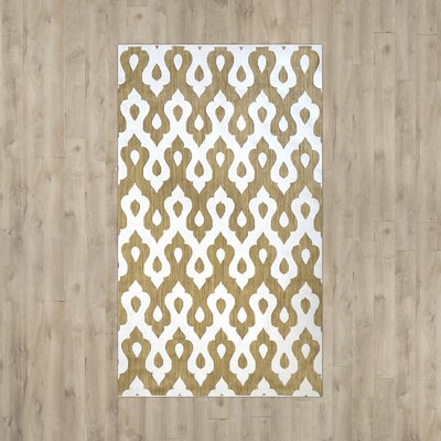 Tahar Tan/White Indoor/Outdoor Area Rug Rug Size: Rectangle 5 x 8