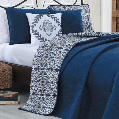 Oliver 5 Piece Reversible Quilt Set Size: King, Color: Navy