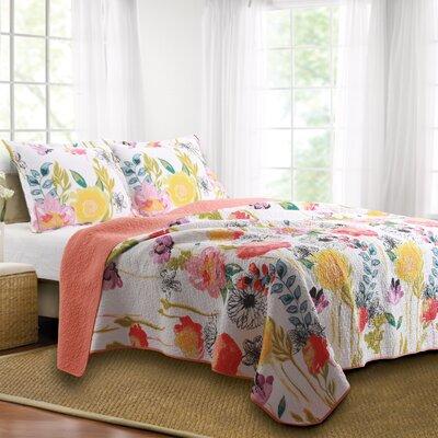 Sali Reversible Quilt Set Size: Full/Queen