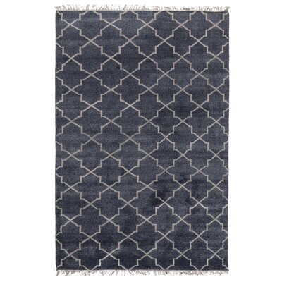 Delray Hand-Knotted Navy Area Rug Rug Size: 5 x 8