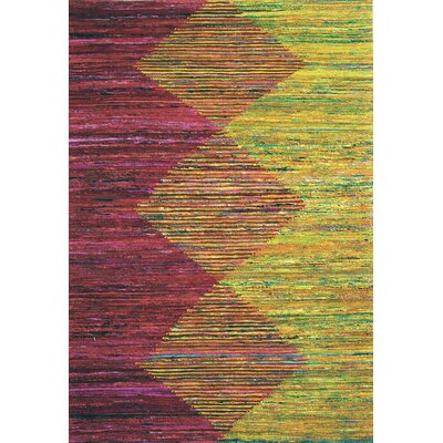Avenue  Hand-Woven Red/Gold Area Rug Rug Size: 76 x 96