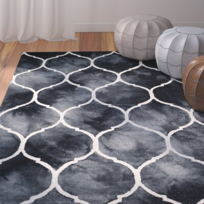 El Segundo Hand-Tufted Graphite/Ivory Area Rug Rug Size: Rectangle 4 x 6