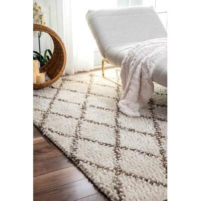 Racquel Hand-Hooked Ivory Area Rug Rug Size: Rectangle 5 x 8