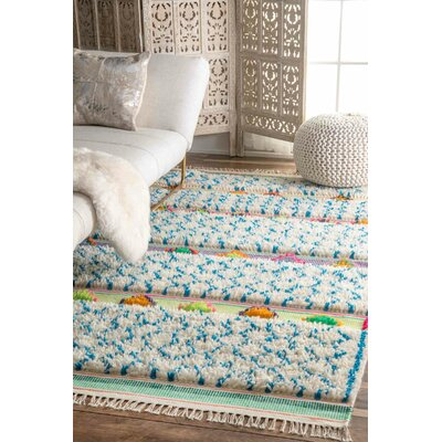 Claribel Hand-Tufted Ivory/Blue Area Rug Rug Size: 76 x 96