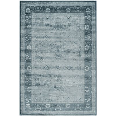 Makenna Light Blue / Dark Blue Rug Rug Size: 51 x 76