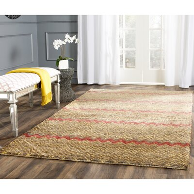 Pinehurst Brown / Gold Area Rug Rug Size: 4' x 6'