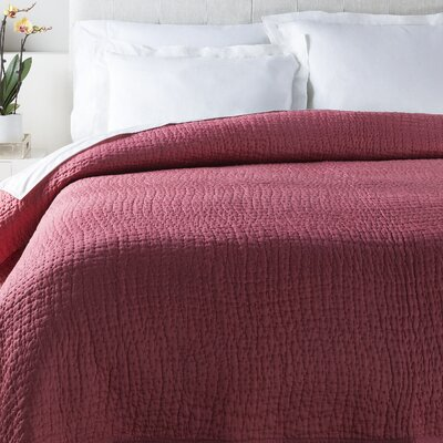 Freeman Quilt Color: Raspberry, Size: Twin