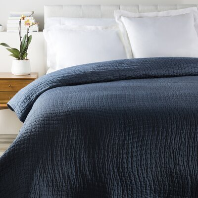 Freeman Quilt Color: Navy, Size: Twin