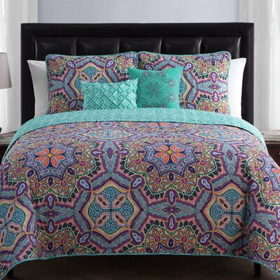 Althouse Reversible Quilt Set Size: Twin