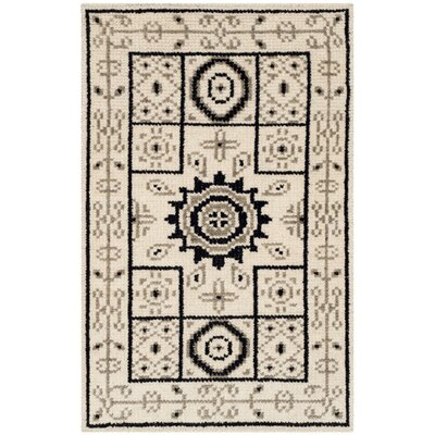 Hawke Hand-Knotted Ivory/Gray Area Rug Rug Size: Rectangle 4 x 6