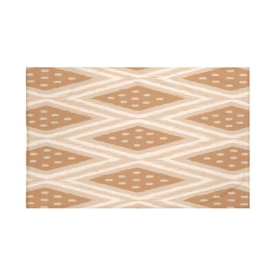 Sabrina Geometric Print Throw Blanket Size: 60 L x 50 W, Color: Caramel (Taupe/Brown)