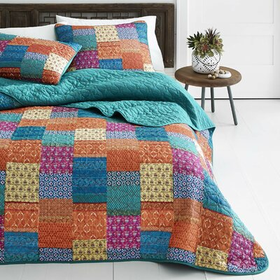 Nona Quilt Set Size: King