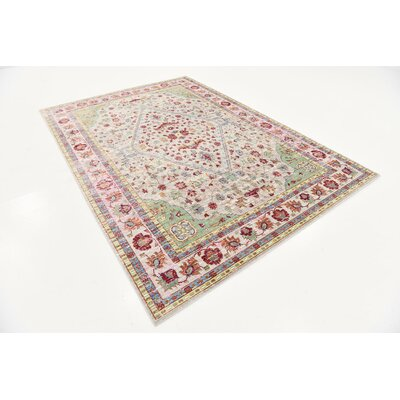 Center Red Area Rug Rug Size: 6 x 9