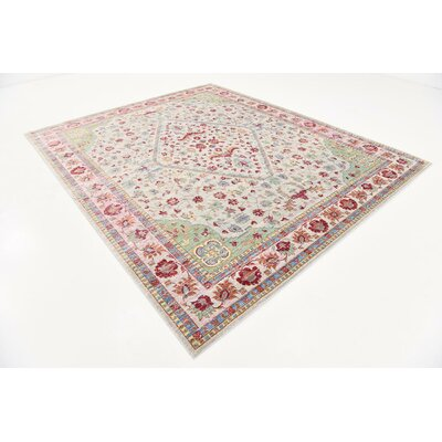 Center Red Area Rug Rug Size: 8 x 10