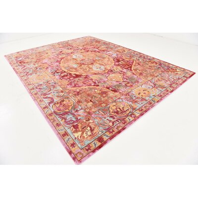 Center Red Area Rug Rug Size: 9 x 12