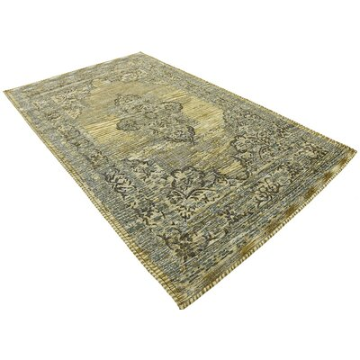 Alessandro Green Area Rug Rug Size: 5 x 8